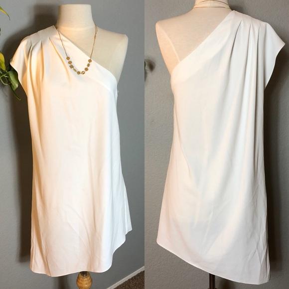 Alice & Olivia Dresses & Skirts - Alice + Olivia Off White Melina Asymmetrical Dress